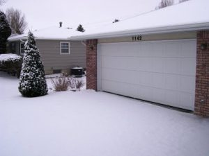 garage door repair service.jpg