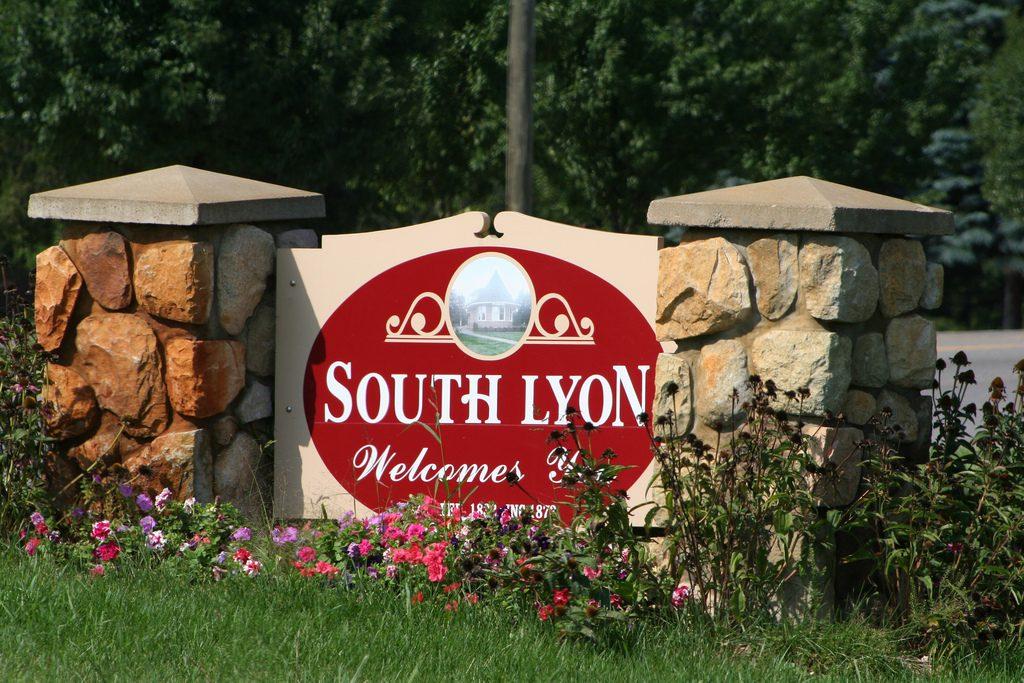 south lyon garage door service.jpg